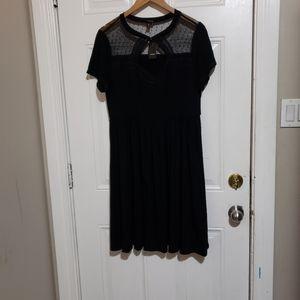 NWT TORRID black short sleeves dress